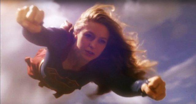 flash - Flash et Supergirl, des saisons qui en font trop... pour rien Supergirl season 2