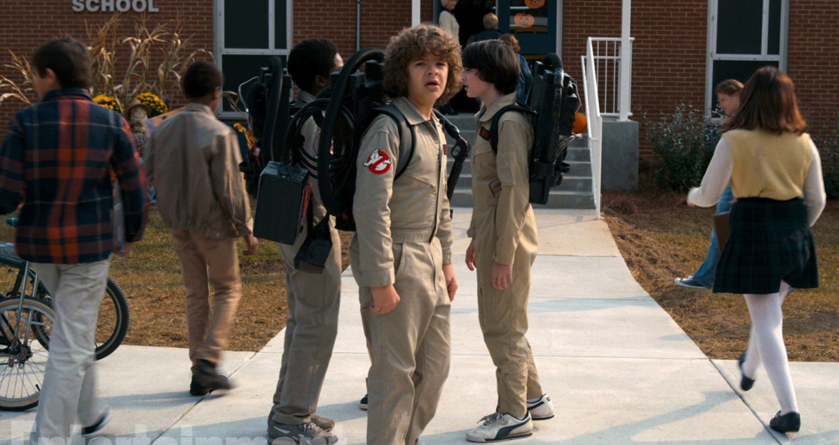 stranger things - Stranger Things : les premières images de la saison 2 stranger things season 2 ghostbusters