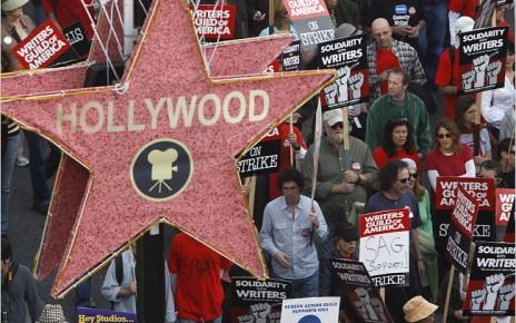 - Une nouvelle grève des scénaristes pourrait toucher Hollywood grève scénaristes
