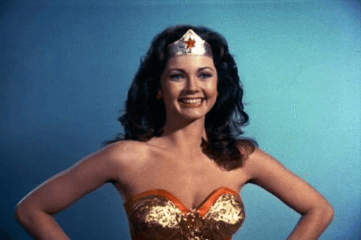 Wonder Woman Partie 1  Les années 70 entre tentative et gros succès ,  SMALLTHINGS  Critiques news séries et films