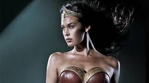 wonder woman - Wonder Woman Partie 2 : Les années 2000, que faire ? wonder woman 1