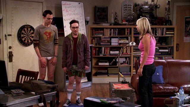 CBS - 2007-2017 : The Big Bang Theory Pilot screencaps big bang theory 2006647 624 352 1