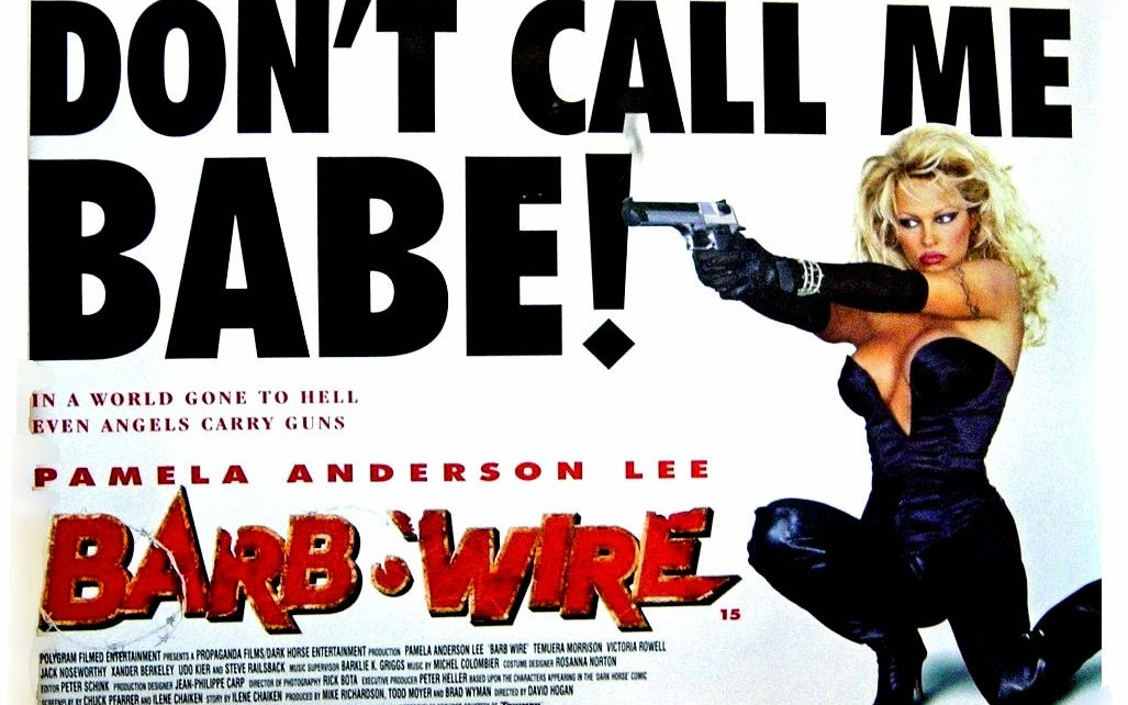 """videoclub - Barb Wire (1996): """"v'nez on adapte un comics avec Pamela Anderson"""" BM Barb Wire 1"""
