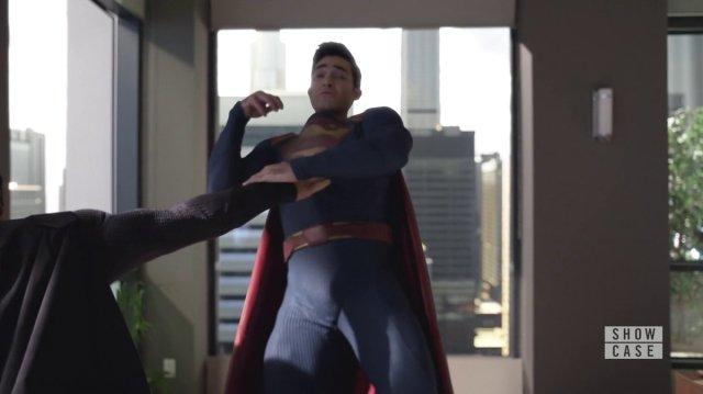 arrow - Elseworlds: le crossover Flash / Arrow / Supergirl superman elseworlds 1