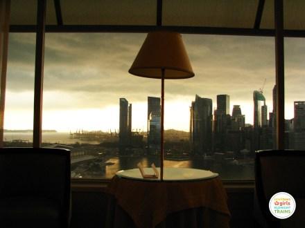STGMT_Ritz Carlton Millenia Singapore_01_Living Room View