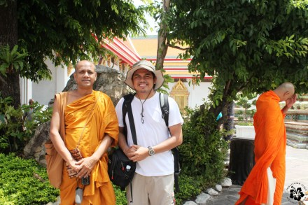 Posing with monks at Wat Pho