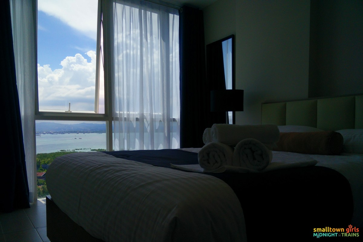 Where to stay in Cebu_8 Newtown Blvd_Condo_03