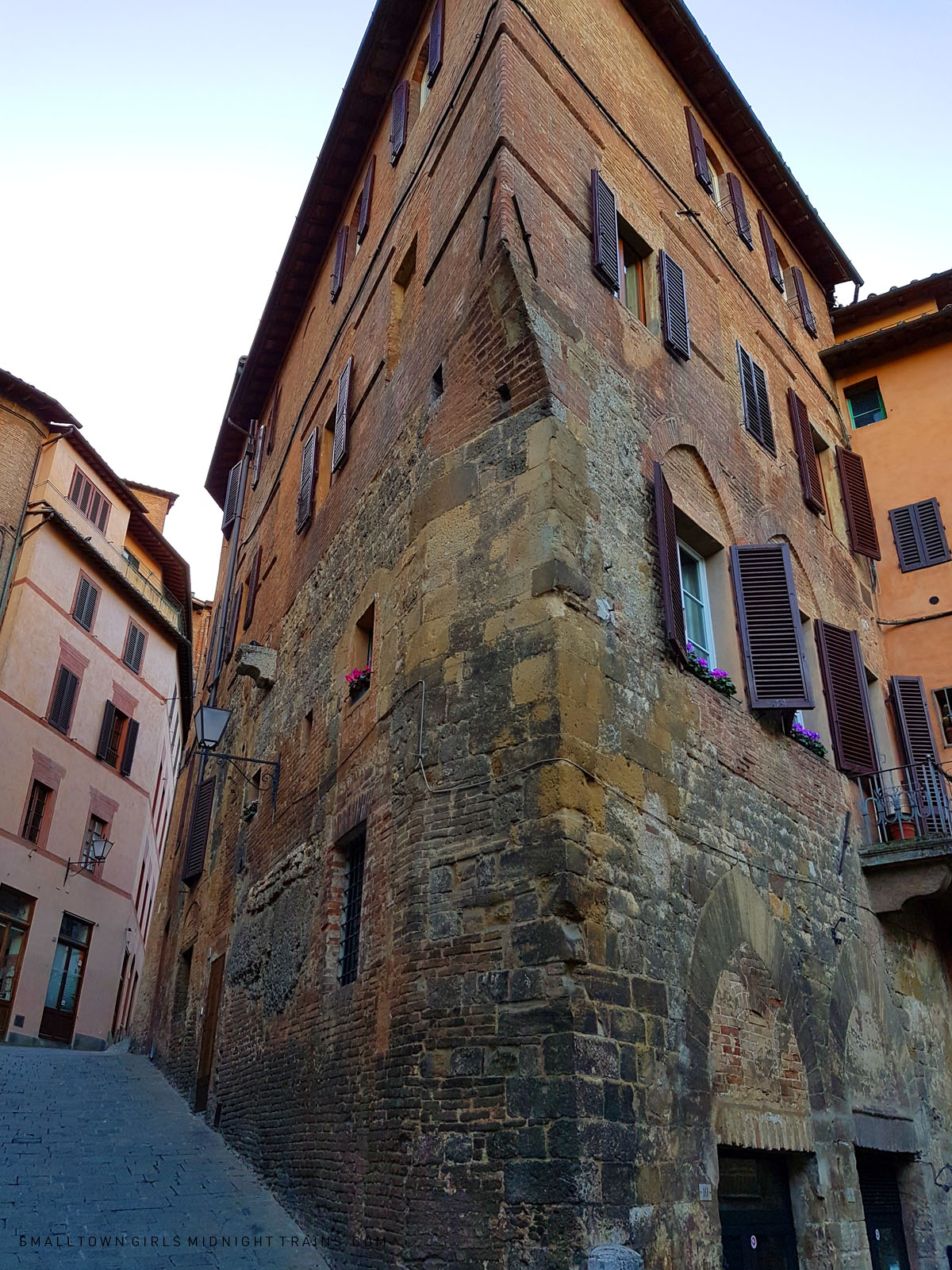 SGMT Italy Siena | Medieval building