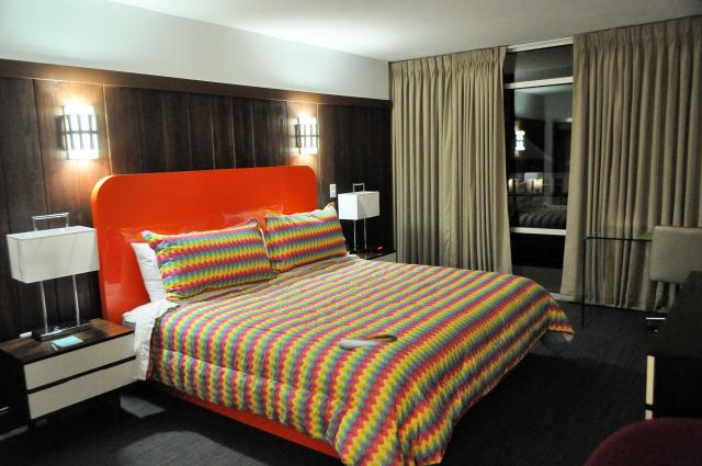 Mother Earth Motor Lodge bedroom