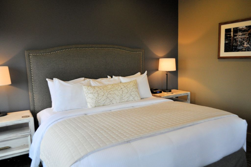 Bed at the Inn at Lynden in Lynden, Washington.