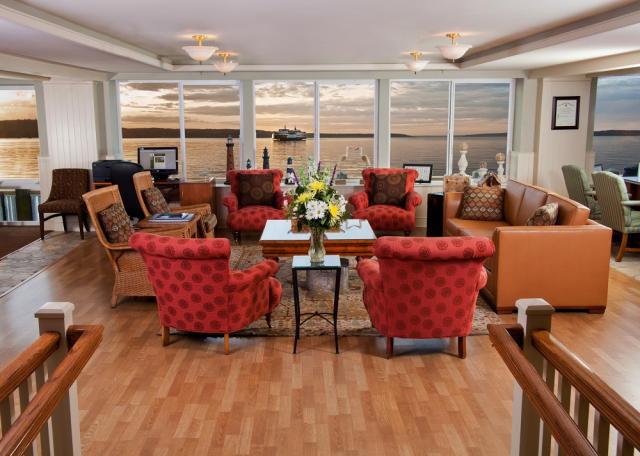 Romantic getaway at the Silver Cloud Inn in Mukilteo, Washington.