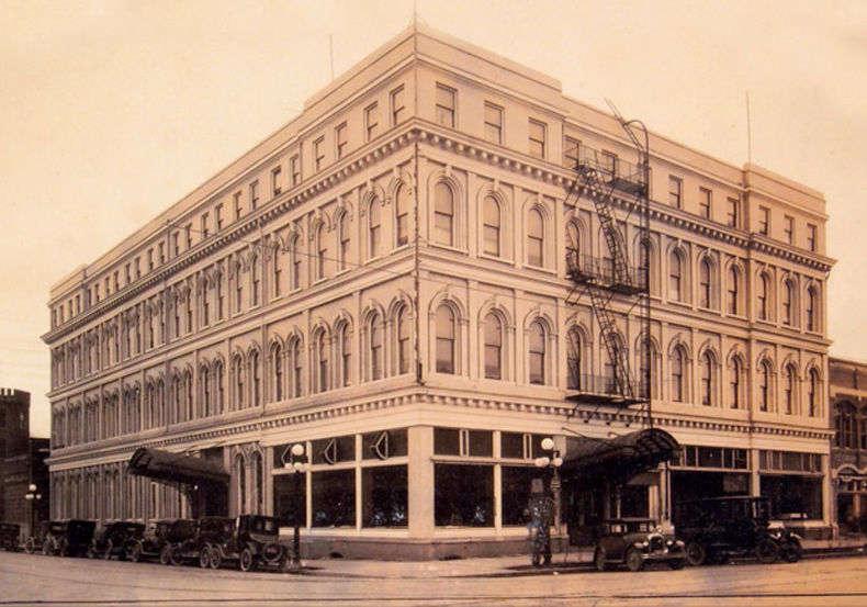 The Marion Hotel in Salem, Oregon.