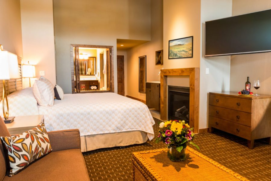 Rooms at The Lodge at Columbia Point in Richland, Washington.
