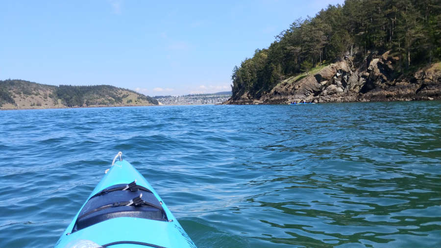 Paddling around Burrows Island on the Anacortes Kayak Tours.