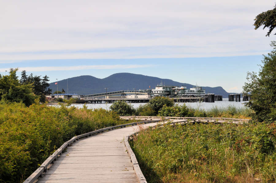 SHIP Trail in Anacortes has views of the Washington State Ferry.