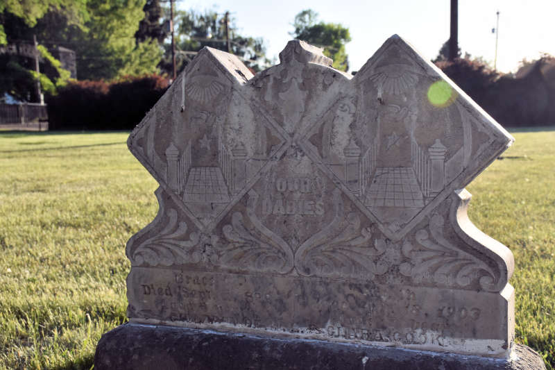 A headstone in Union Gap, Washington.