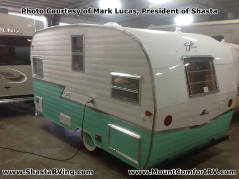 Shasta_Airflyte_2015_16_Re-Release_Mount_Comfort_RV_Seafoam_Green_Metal_Color_3