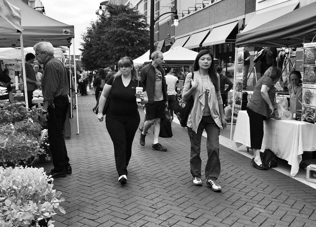 Morning shoppers at the farmers market in Silver Spring, maryland