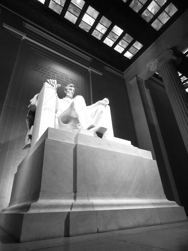 inside the lincoln memorial in washington dc
