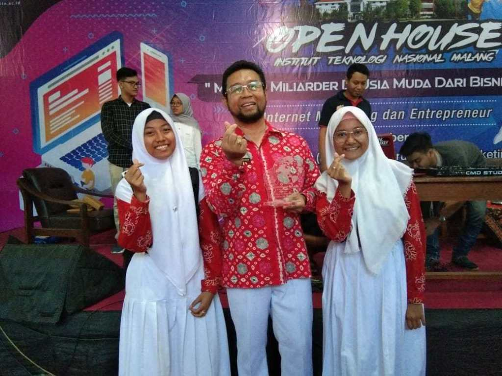SMANAS Bustled the Open House ITN Malang 5