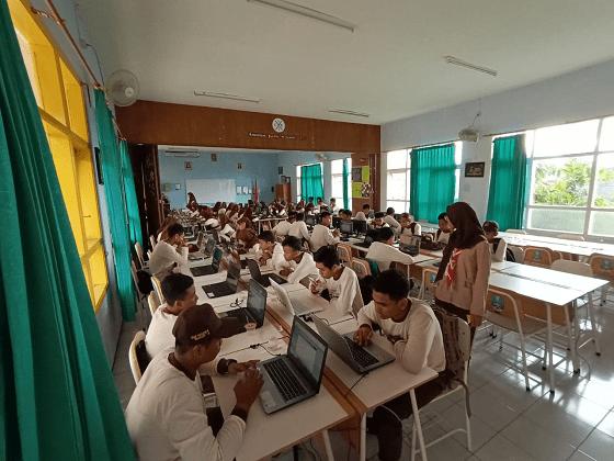 Ratusan Siswa SMP Negeri Berburu Kursi PPDB di SMANAS 6