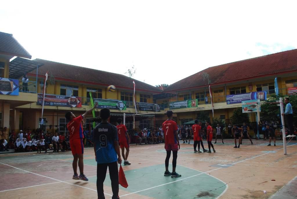 Atlet Voli SMP Malang Raya Junjung Sportivitas dalam SMANAS Cup 2020 11