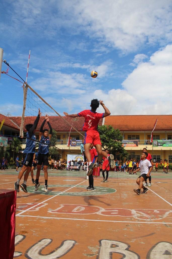 Atlet Voli SMP Malang Raya Junjung Sportivitas dalam SMANAS Cup 2020 8
