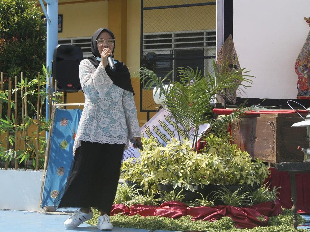 Penganugerahan Alumni Berprestasi SMANAS dalam Cangkrukan Bung Tomo di Hari Sumpah Pemuda 4