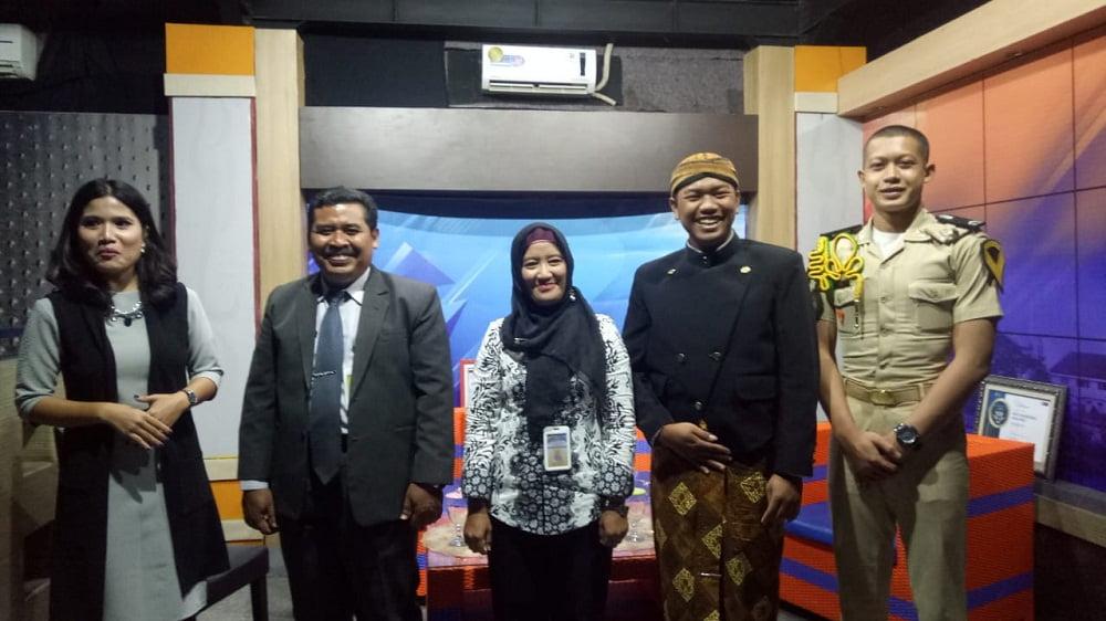 Bincang-Bincang JTV Gandeng SMANAS dalam Tajuk Cangkrukan Bung Tomo dan Penganugerahan Lulusan Berprestasi 2