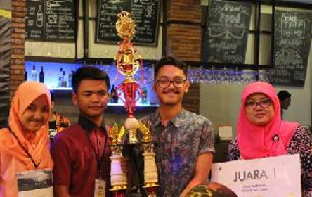Siswa SMA Negeri 1 Rembang Juara 1 Olimpiade Ekonomi ALCOFE 2017