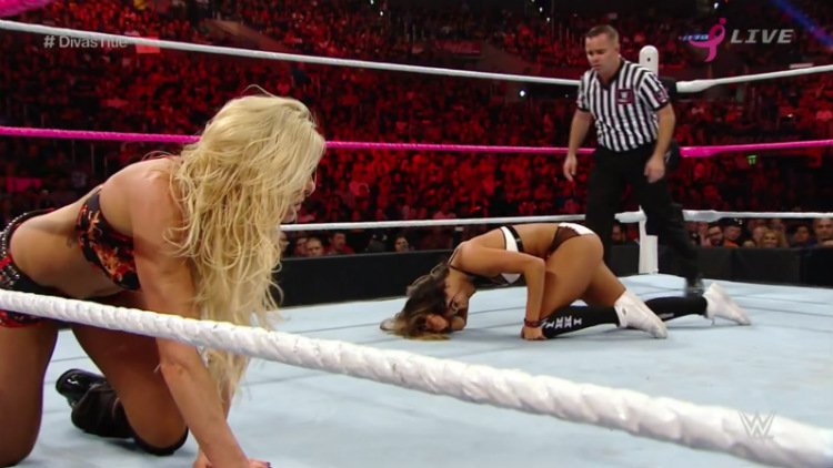 charlotte vs nikki bella hell in a cell 2015