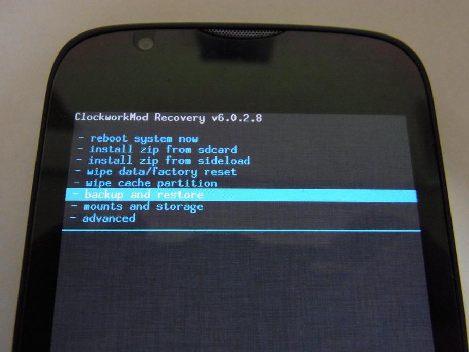 ウィルコム版の201HWに国際版ROMを焼きSIMロック解除を試す