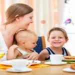 母子手帳はいつもらえるの?公的助成制度を知っておかないと損をする!