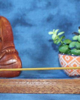 Incense Holder, Tornillo wood, Curved design