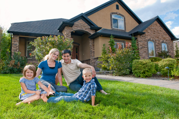 A Guide to Selecting a Home and Property That Will Suit Your Growing Family