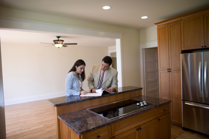 Home Buying Tips: Three Items to Watch out for in a Purchase Agreement Contract