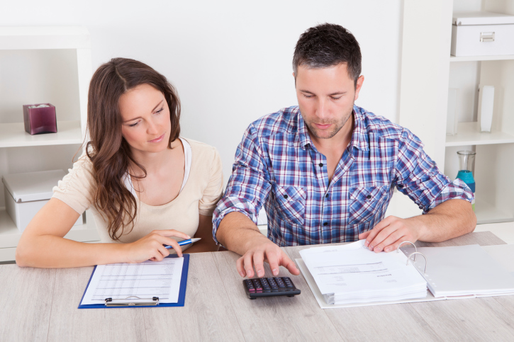 How to Use a Mortgage Calculator to Determine Your Monthly Payments, Interest and More
