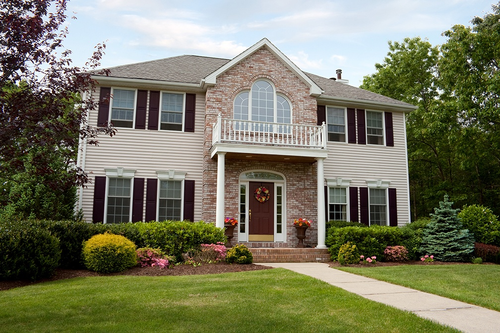 Is 'Curb Appeal' Really That Important When Selling Your Home? Yes - Here's Why