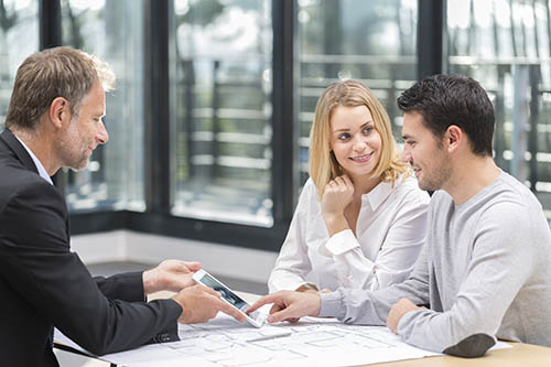 Six Reasons Why You'll Need a Licensed Real Estate Agent When You Buy or Sell a House