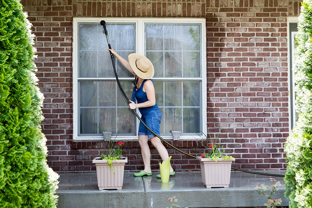 Spring Is Coming: Get a Jump on Spring Cleaning and Breathe New Life into Your Tired Spaces