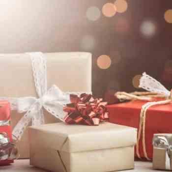 10 Amazing Ways To Make Extra Money for Christmas