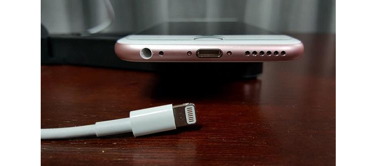 lightning-connector-cable-vs-usb-type-c-3
