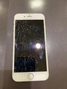 iPhone6s 画面交換 【筑紫野市からご来店】