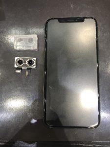 iPhoneXSのカメラ交換修理