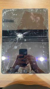 iPadガラス割れ
