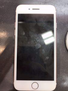 iphone6sのバッテリー交換とフィルム貼り付け