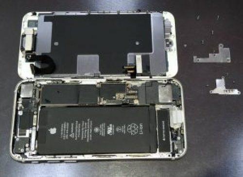 iPhone8「画面割れ