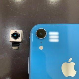 勝手にズームしてしまうiPhoneXRのバックカメラと劣化したバッテリー交換即日1時間<東区からご来店のお客様>