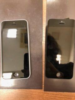 思い出が詰まったそのiPhone手放すの?それはちょっと待ったァ❗❗🖐/iPhone5c/画面交換