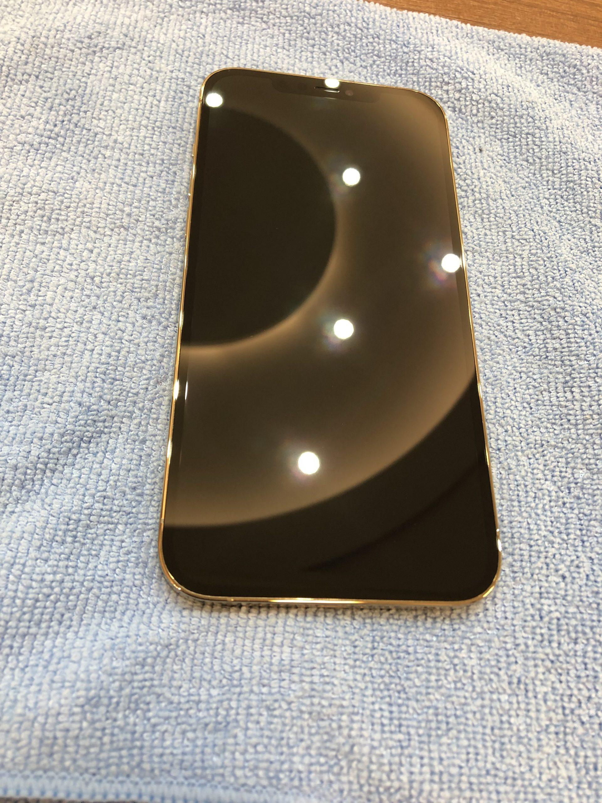 ガラスフィルムが割れたらガラスコーティングへ!!iPhone12ProMaxのガラスコーティング
